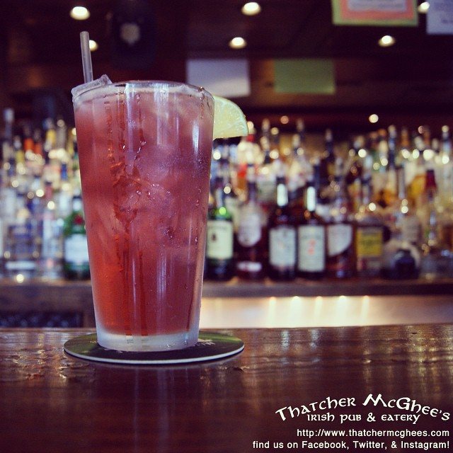 You're one day closer to the most important day of the week! Celebrate with our DRINK OF THE DAY: the Hammer! #dotd #drinkoftheday #mixeddrinks