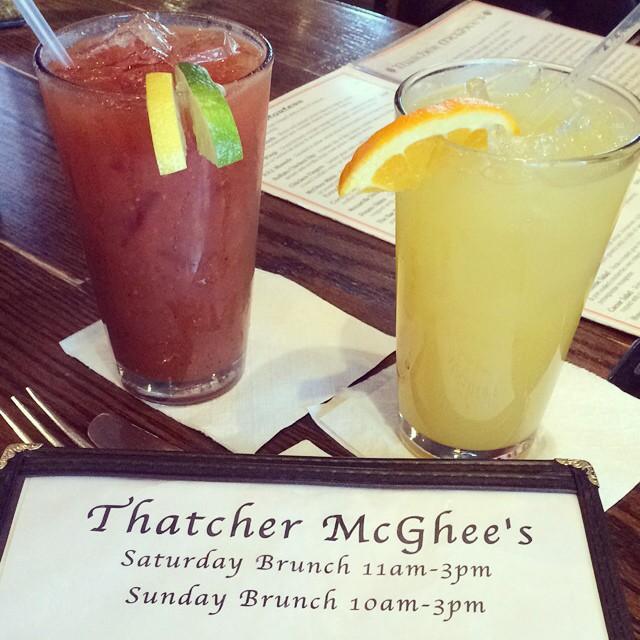Mmm! Start your Saturday off right! #brunch #saturday #yum #bloodymary #mimosa #breakfast #localpub #thatchislife #getthatchd